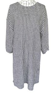 TU Houndstooth Shift Dress Black and White Size 16