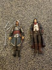 Assassin's Creed Action Figure Lot of 2 - 5 Inch