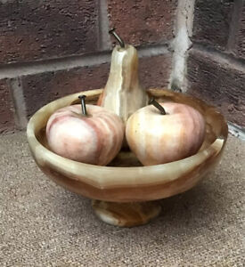 VINTAGE ONYX PEDESTAL BOWL AND TWO APPLES AND A PEAR