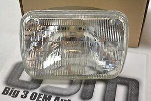 Original GM Sealed Beam RH or  LH Headlamp Light Bulb ACDelco new OEM 5972698