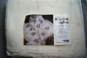 """Leisure Arts Hunt Club Afghan 14 Count For Cross Stitch 50'' X 60""""  #10339 White"""