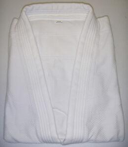JUDO Uniform, New, Fast Shipping.