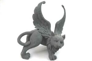 Resin Winged Lion Gargoyle Figurine 7 Inch Tall Collectible 2002 TL