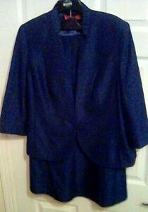 Fab Jacques Verte plus size (20/22) 2 piece skirt suit