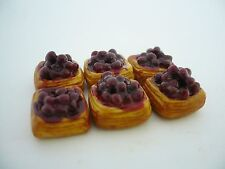 Set of 6 Puff Pastry with Blueberry Dollhouse Miniatures Food Deco Yummy Pastry