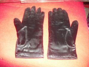 Marilyn Monroe Owned & Worn 1950's Black Satin gloves from Costumer Warner