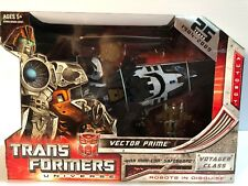 NEW Transformers Universe Voyager Class Vector Prime w/Safeguard Minicon