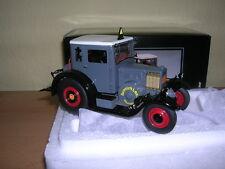 Schuco Lanz eilbulldog con cabaña gris modelo de Resina Tractor 1 :3 2