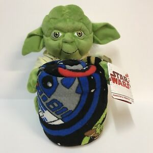 Disney Star Wars Yoda Stuffed Plush Toy Hugger Characters Throw Blanket Set NWT
