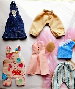 BLYTHE DOLL CLOTHES LOT