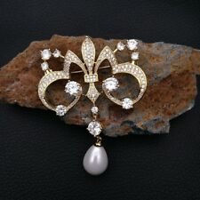 Ge081811 White Shell Pearl Cz Pave Golden Brooch
