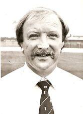 Original Foto De Prensa Carrick Rangers FC Jim Brown (gerente) 12.10.1983
