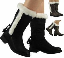 Patternless Cuban Heel Synthetic Boots for Women