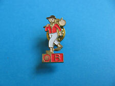 Vintage Shell Pin badge National Costumes. (B) Belgium