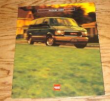 Original 1996 GMC Safari Sales Brochure 96