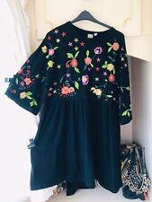 -ASOS-BLACK FLORAL BLOGGERS FAV EMBROIDERED SMOCK Dress Size 18/20/22/24