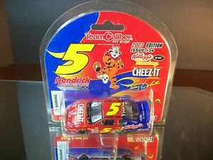 Terry Labonte #5 Kellogg's Cheez-It 2003 Chevrolet Monte Carlo 1:64 T.C.