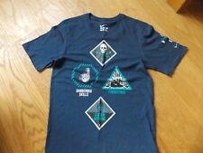 Boys / Mens size S Nike T-Shirt Blue