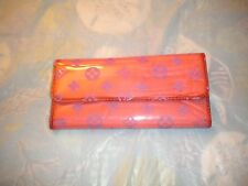 BRAND NEW PLASTIC  LADIES WALLET PINK WALLETS WITH MANY COMPARTMENTS