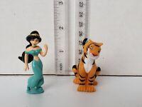 "Disney Aladdin Princess Jasmine 2"" PVC Toy Figure Cake Topper Figurine Lot of 2"