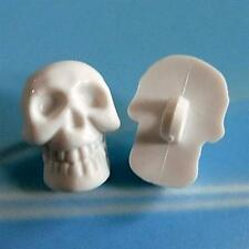 15 Skull Crafts Halloween DIY Decor Rockabilly Gothic Buttons Size M White K783