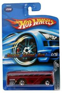 2005 Hot Wheels #096 Red Lines Surfin' School Bus red '06 card