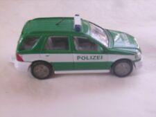 "Voiture miniature Mercedes Benz ML 320 ""Polizei"" de marque Siku réf 1095"