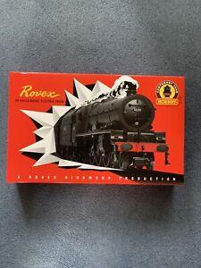 New Hornby R1251M OO Gauge Rovex 100 Years Princess Royal Ltd Edition Train Set