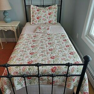 Laura Ashley Floral Cotton Quilt 2 Shams Twin Pink Cottage Chic Day Bed 66x88""
