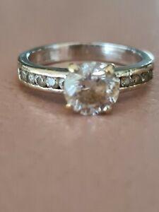 Solid gold rings auctions