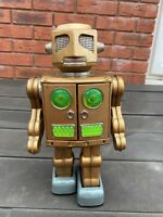 SH Horikawa Tinplate Robot In Gold - Excellent Vintage Original Model Rare