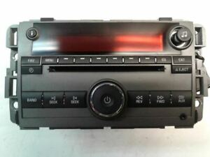 Radio AM-FM-CD-MP3 Opt US8 ID 25866725 2008 08 Saturn VUE 25956992