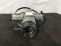 Minolta SRT101 Camera W/ Minolta Lens 58mm - Made in Japan - Untested