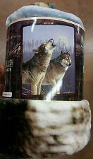 Wolf Wolves Howlıng American Heritage Woodland Royal Raschel Throw blanket