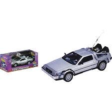 Back to the Future - DeLorean 1/24th Scale Die-Cast Car Replica