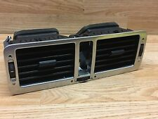 Range Rover Vogue L322 2004 TD6 Front Center Twin Air Vents / Grilles Silver