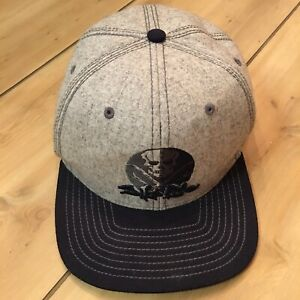 SALT LIFE hat : fitted size S/M : 46% wool
