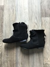 Gap New 9 Toddler Absolutely Adorable Black Ruffle Booties Faux Suede Boots