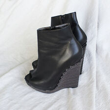Pre owned Oscar De La Renta black leather boots+Chunky platforms boots w chains