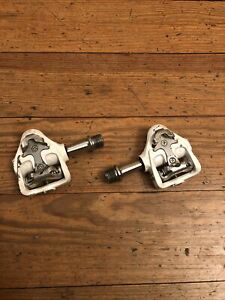 Wellgo Magnesium MG-8 Clipless SPD Road Bike Pedals White
