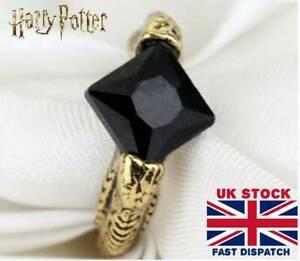 Voldemort Horcrux Ring Resurrection Stone Deathly Hallow Dumbledore Harry Potter
