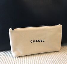 CHANEL BEAUTE Beige Makeup Cosmetic Bag Pouch Suede Like Fabric ** New