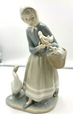 Lladro Figurine Shepherdess with Ducks #4568
