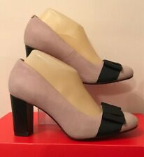 Clarks Size UK 5.5 (39) Widefit Dusky Pink & Black Leather Bow Court Shoes