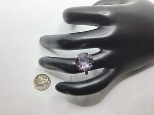 14K Yellow Gold, 9.0 CTW Color Change Lab Purple Sapphire Ring, Sz. 6.25, 5.2 Gr