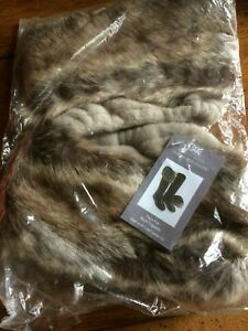 Faux Fur Boot Toppers-Moore & Moore