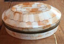 schöne alte antike ovale Dose aus Bein gearbeitet Top