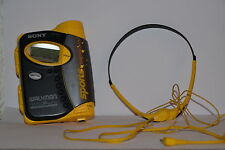 Sony WM-FS593 Tragbarer Kassettenspieler mit Kopfhörern Sony MDR-W014