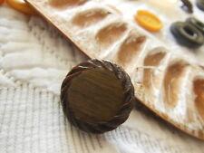 n°2 bouton ancien vintage marron résine coeur effet bois diamètre: 2,3 cm G7B