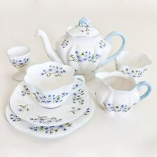 Shelley Blue Rock bachelor's set, dainty shape 1946-1966